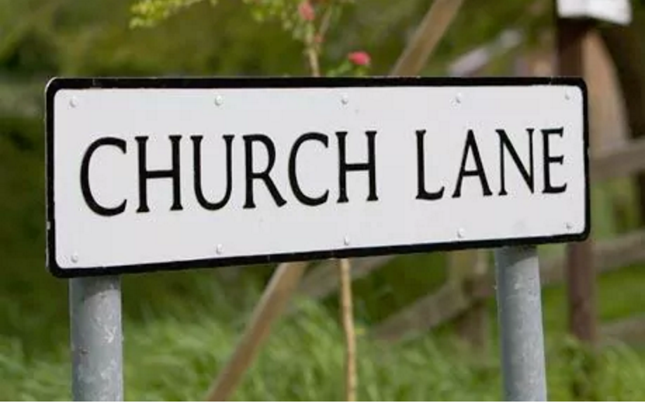 St Andrews' Street Names Affect National Identity of Residence