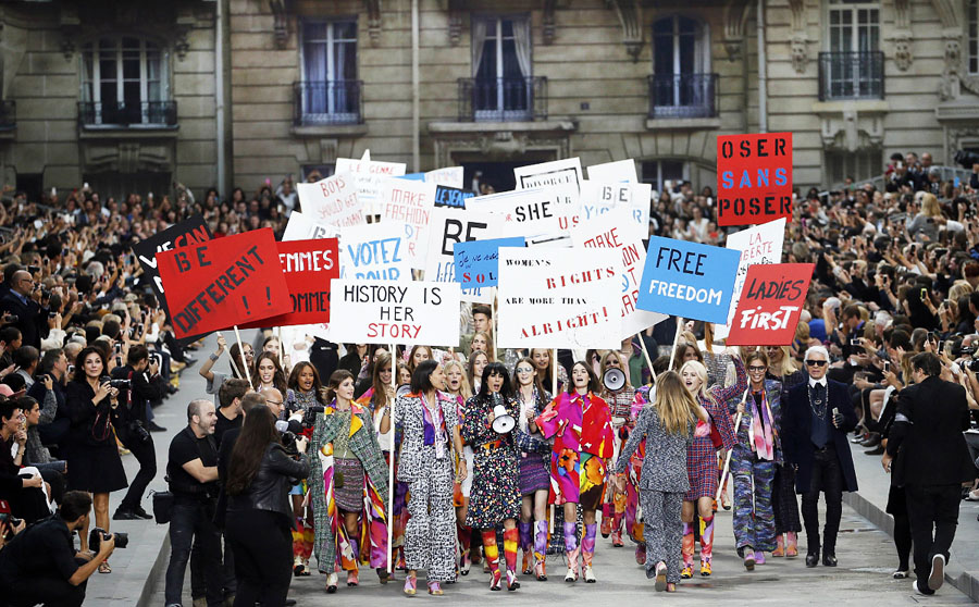 The Fraught Relationship Between Politics and Fashion
